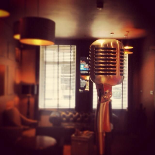 Live Jazz and Handcrafted Cocktails The Piano Bar Soho London | DesignMyNight