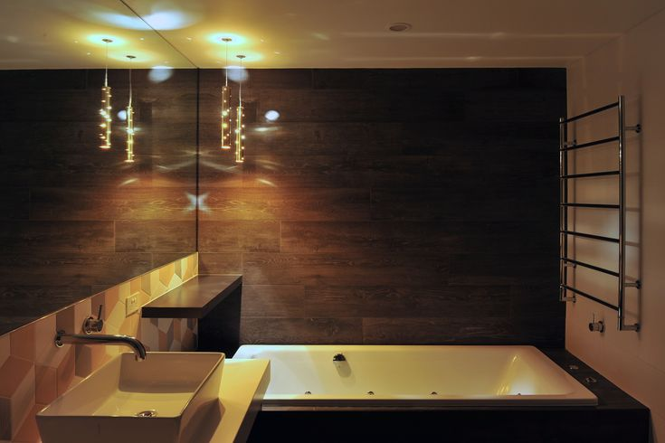 eat.bathe.live :: ensuite design within the southbank residence designed by eat.bathe.live features ilanel pendant light fittings