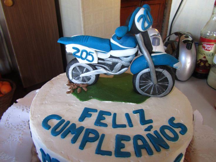 Mis creaciones!  Moto Cake  Torta Fondant