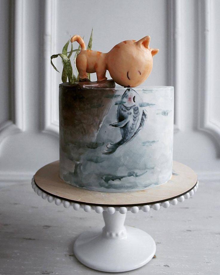 Adorable kitty cake
