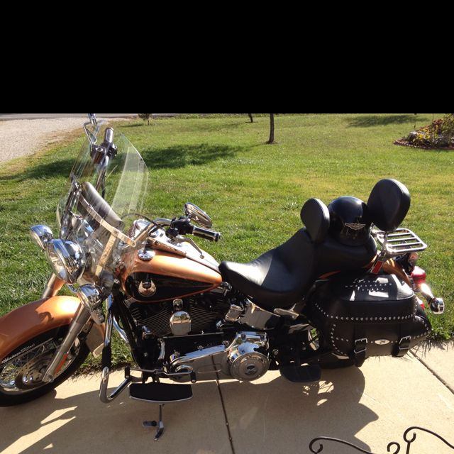 94 best images about harley heritage softail on pinterest nice 02 and old bikes. Black Bedroom Furniture Sets. Home Design Ideas