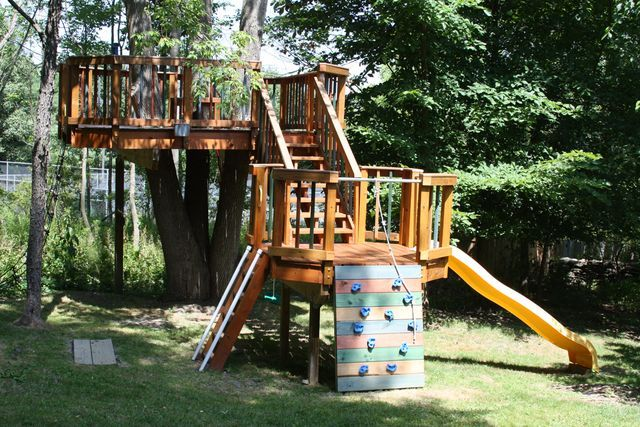 Amazing Backyard Treehouse (and how it was built) | Be A Fun Mum | Bloglovin'