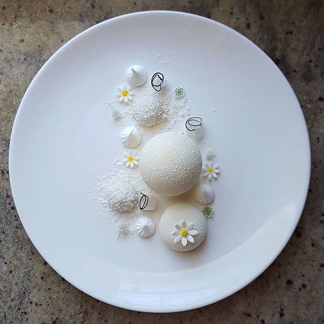 """Snow White"": White chocolate mousse, coconut mousse, yuzu jelly, lychee jelly, coconut dacquoise & meringue. ✅ By - @lvin1stbite ✅  #ChefsOfInstagram @DessertMasters"