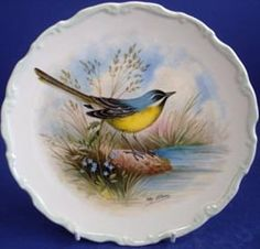 Royal Albert - The Woodland Bird Collection - Collector Plates - Yellow Wagtail