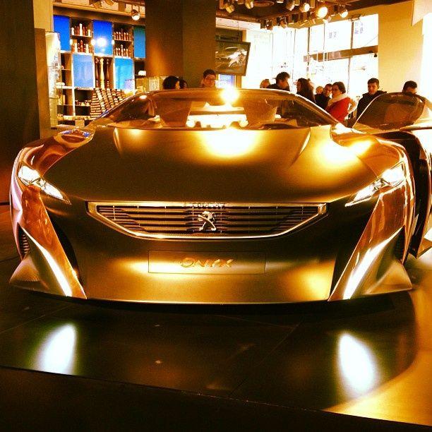 El auto de oro