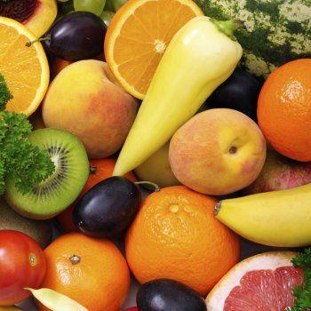 Para la merienda o el almuerzo, esta papilla de mango, pera y fresa encantará a los niños. Adecuada pata los bebés a partir del año de edad, para evitar alergias alimentarias.