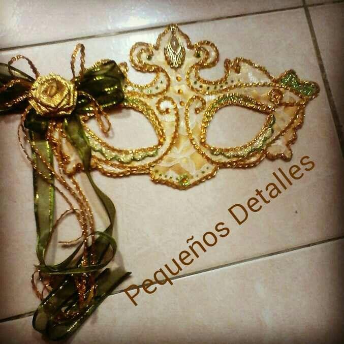 Antifaz para carnaval. #mask, #mascarade #balldance #party #carnaval Facebook: Pequeños detalles