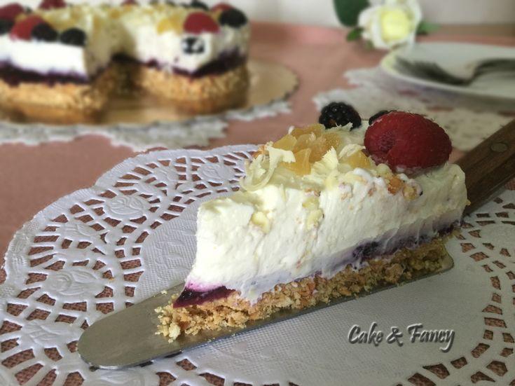 Cheesecake doppio strato lamponi more e zenzero