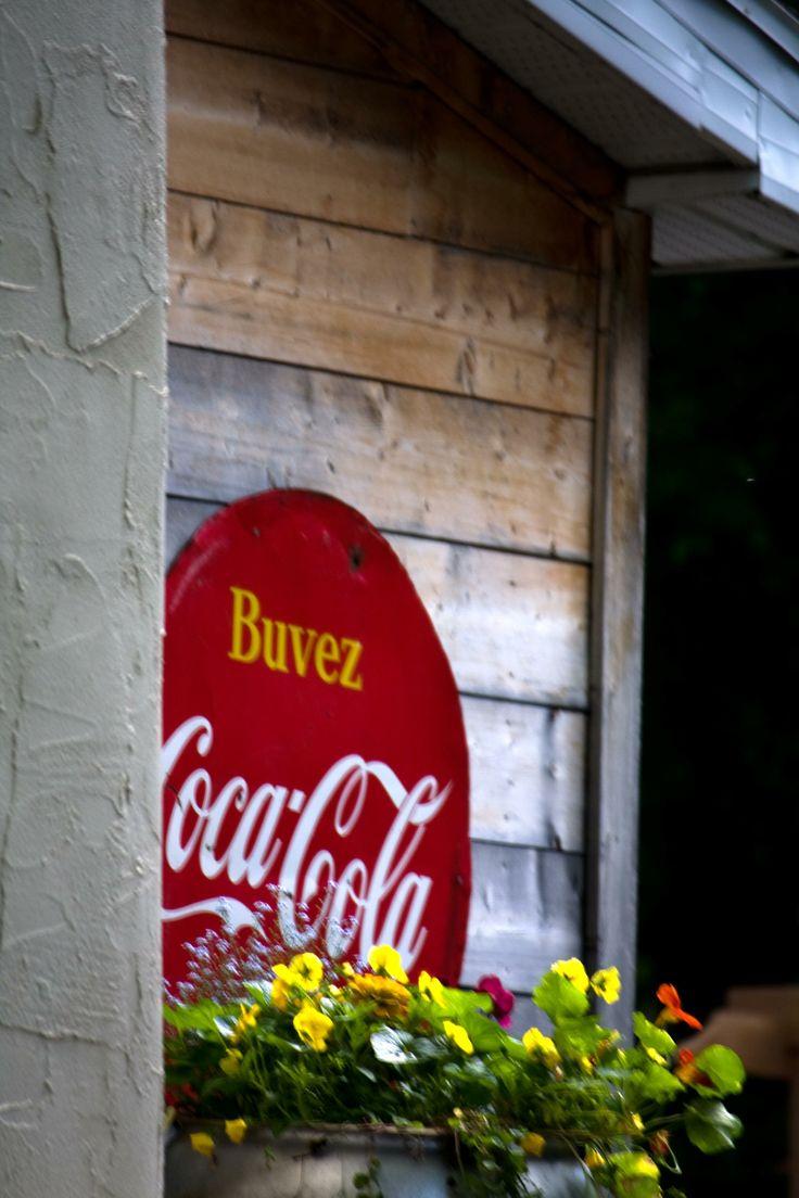 Coke sign, Beloeil, Quebec photo by Richard Guimond ©2014