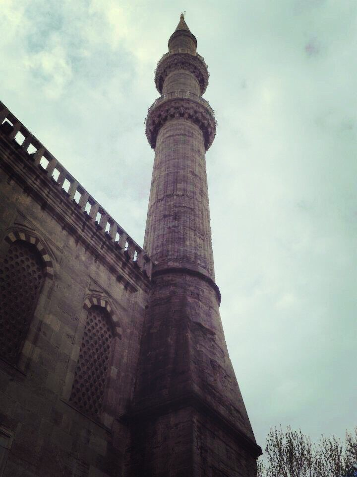 Sultan Mehmet Mosque, Istanbul, Turkey. #Turkey #Mosque #Islamic #Art #Sky #Istanbul