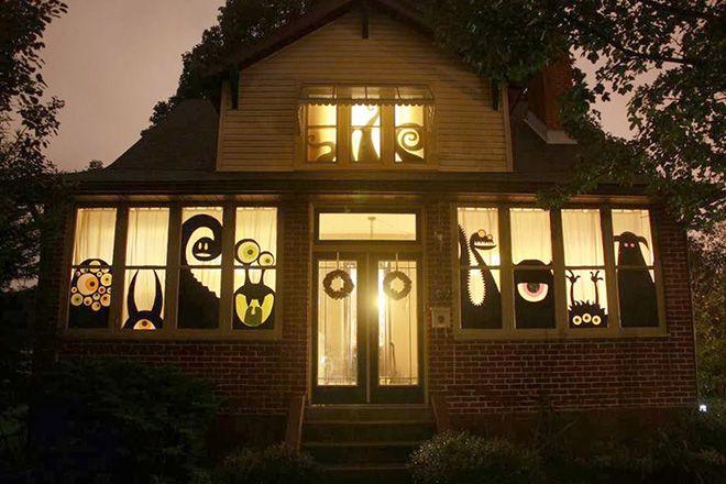 Decora las ventanas de tu casa con monstruos de papel for Manualidades para decorar la casa