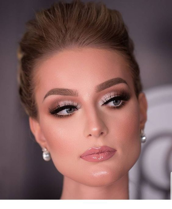 perfect makeuphair to make at new year party inspiring ladies