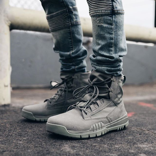 newest efdcd 8f3ff Nike SFB 6 Inch NSW Leather Boot  Menswear in 2019  Pinterest  Nike  sfb, Shoe boots and Shoes