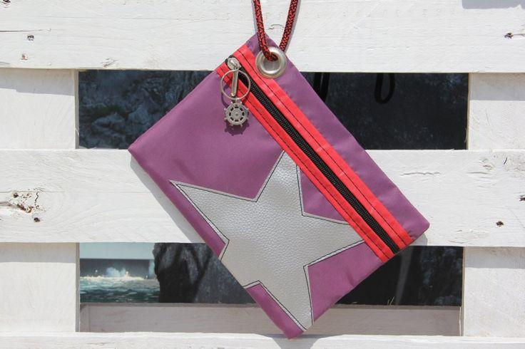 Pochette piatta in vela dacron con stella argento    #pochette #clutch #sail #vela #handmade #stella #star #unique #artigianato #upcycling #riciclo #recycled #sailbags