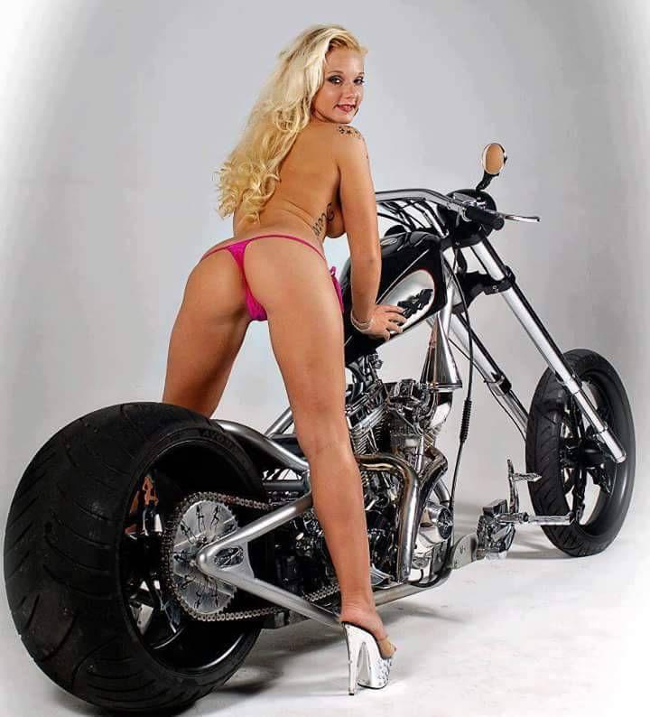 Sexy girls cars & bikes : Photo