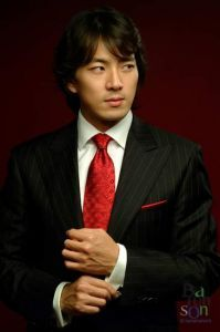 Actor Song Il Gook