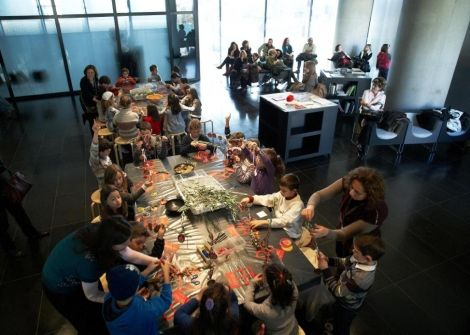 Check out lovely Christmas surprises for you & your family at the Acropolis Museum! #Christmas #surprises #museum #family #Xmas #Athens #events