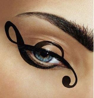 wow that is a great way to use eyeliner