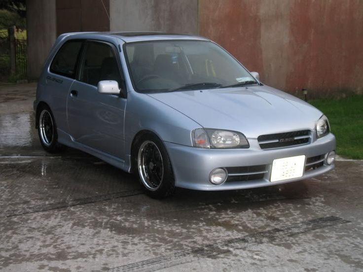 Toyota Starlet Glanza S