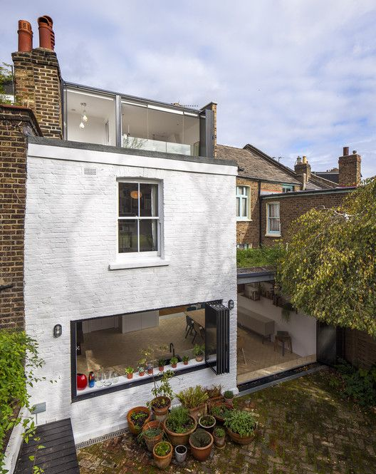 Shepherd's Bush Extension & Loft Conversion /  + Studio 30 Architects, © Salt Productions Ltd