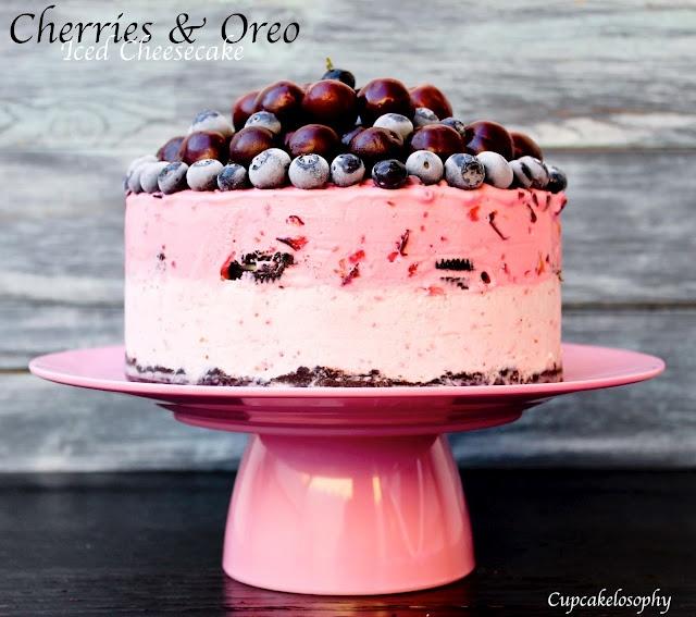 Frozen berries oreo cheescake