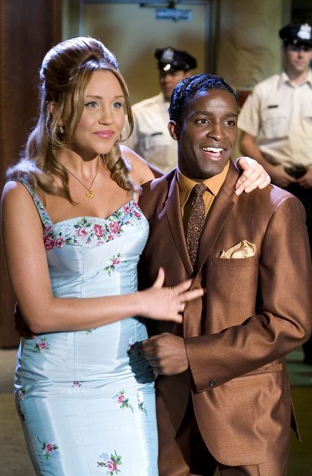 Elijah Kelly and Amanda Bynes as Seaweed  Penny from Hairspray (2007)