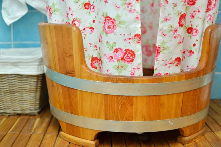 A barrel for a shower? Yes please!