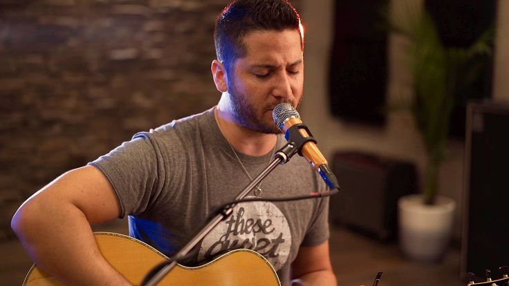 Despacito - Luis Fonsi ft. Daddy Yankee (Boyce Avenue acoustic cover) on Spotify & iTunes - YouTube