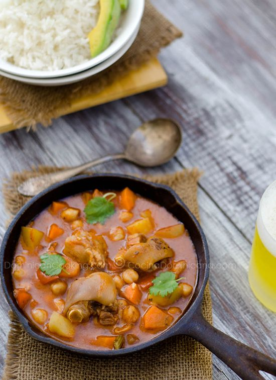 One of my favorite dominican dishes...    http://www.dominicancooking.com/4458-pig-trotters-stew-cocido-de-paticas.html