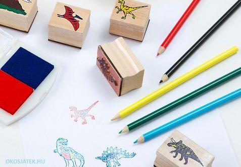 8 db dínós nyomda, 2 színű festékpárna és ceruza készlet hozzá. Mindez fadobozban