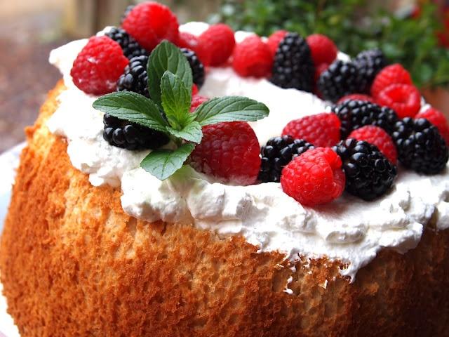brown sugar angel food cake! | Time To Bake | Pinterest