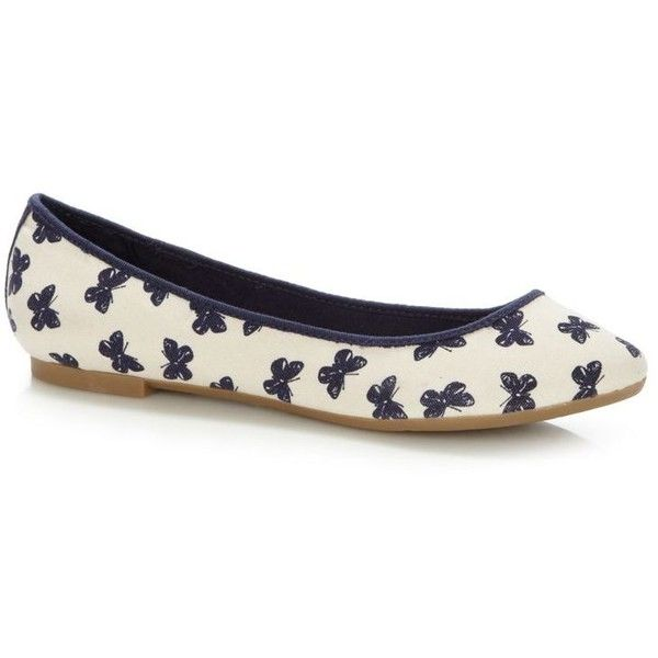 Navy butterfly printed canvas pumps ($18) ❤ liked on Polyvore featuring shoes, flats, shoes - flats, flat heel shoes, navy flat shoes, flat shoes, navy shoes and canvas shoes