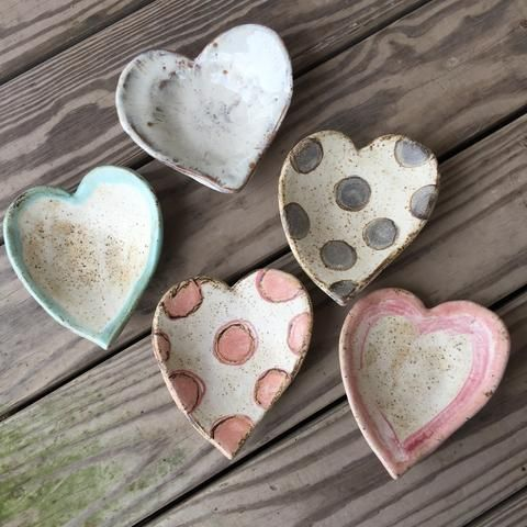 Gorgeous heart shaped pottery, lovely patterned ceramic dishes, great Valentine's Day gift idea