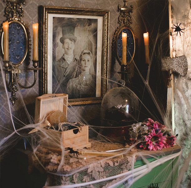25 best ideas about haunted mansion decor on pinterest for How to decorate your house for halloween inside