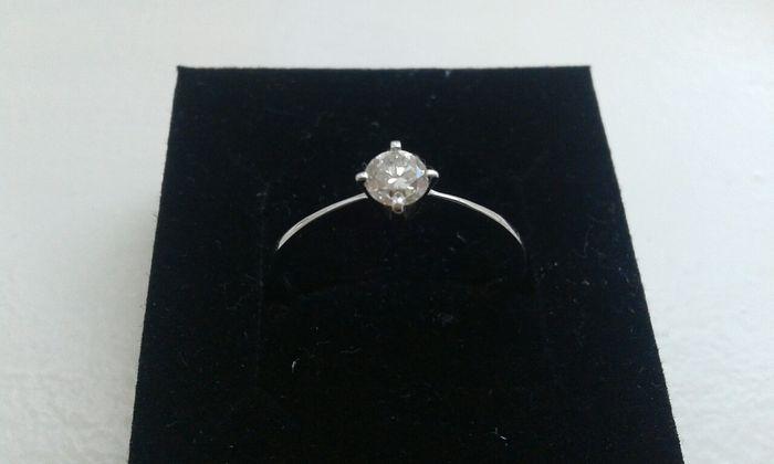 14k witgoud solitaire ring met 025ctdiamant - maat 17 1/4  mooie Ring 14 karaat witgoudmodel solitair met 1 briljant 025crt kleur: Cape  kwaliteit Si17 gram maat 17 1/4  EUR 1.00  Meer informatie