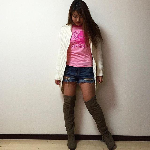 #今日のコーデ #今日の服 #コーデ #コーディネート #coordinate #ファッション #fashion #패션 #instafashion #wardrobe #outfit #outfitoftheday #ootd #wardrobe #kaumo #kaumo_fashion #カジュアル #casual #tシャツ #パイナップルカウンティー #pineapplecounty #hawaii #ハワイ #kneehighboots #ニーハイブーツ