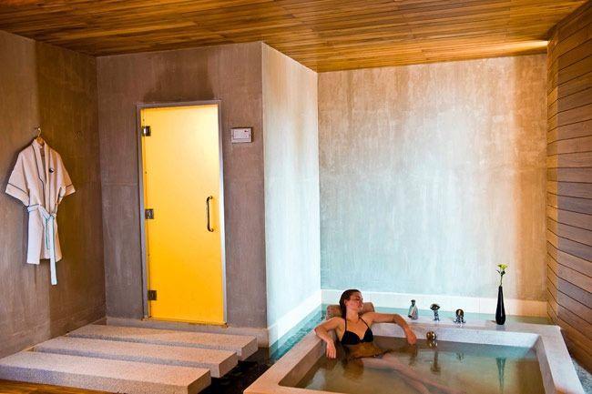 Looks sooo relaxing.: Tubs Wood, Bath Tubs, 1St Birthday Shirts, Dreams Tubs, Personalized Bathtubs, Romantic Bathtubs, Awesome Wood, 1St Birthdays, Huge Tubs