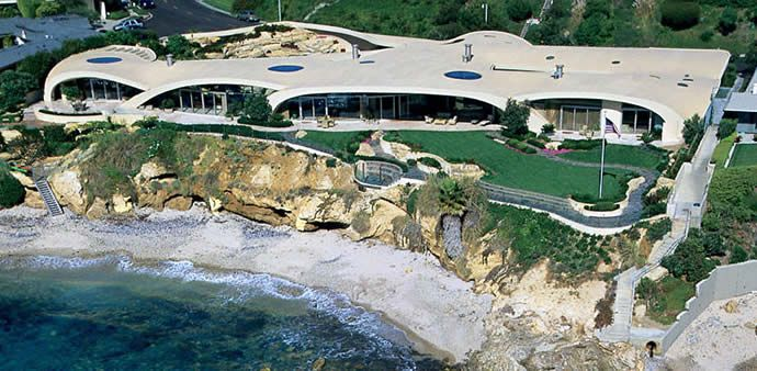 95 million donald trump palm beach estate donald trump s for Most expensive house in newport beach