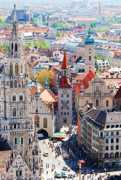 ♡ Munich...anytime of year...we have been in December and July...it's always fun.