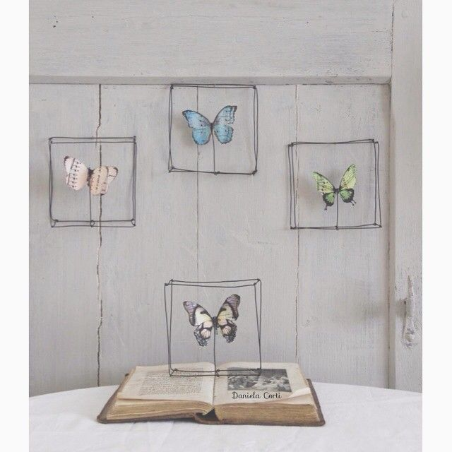"""""""Mi piace"""": 172, commenti: 16 - Daniela Corti•Wire & Textile (@filidipoesia) su Instagram: """"Sono online nel mio shop Etsy i miei quadretti in stile Cabinet de curiosité ⬆️link diretto nella…"""""""