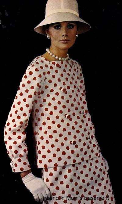 August/September 1967 Vogue Pattern Book. Nina Ricci