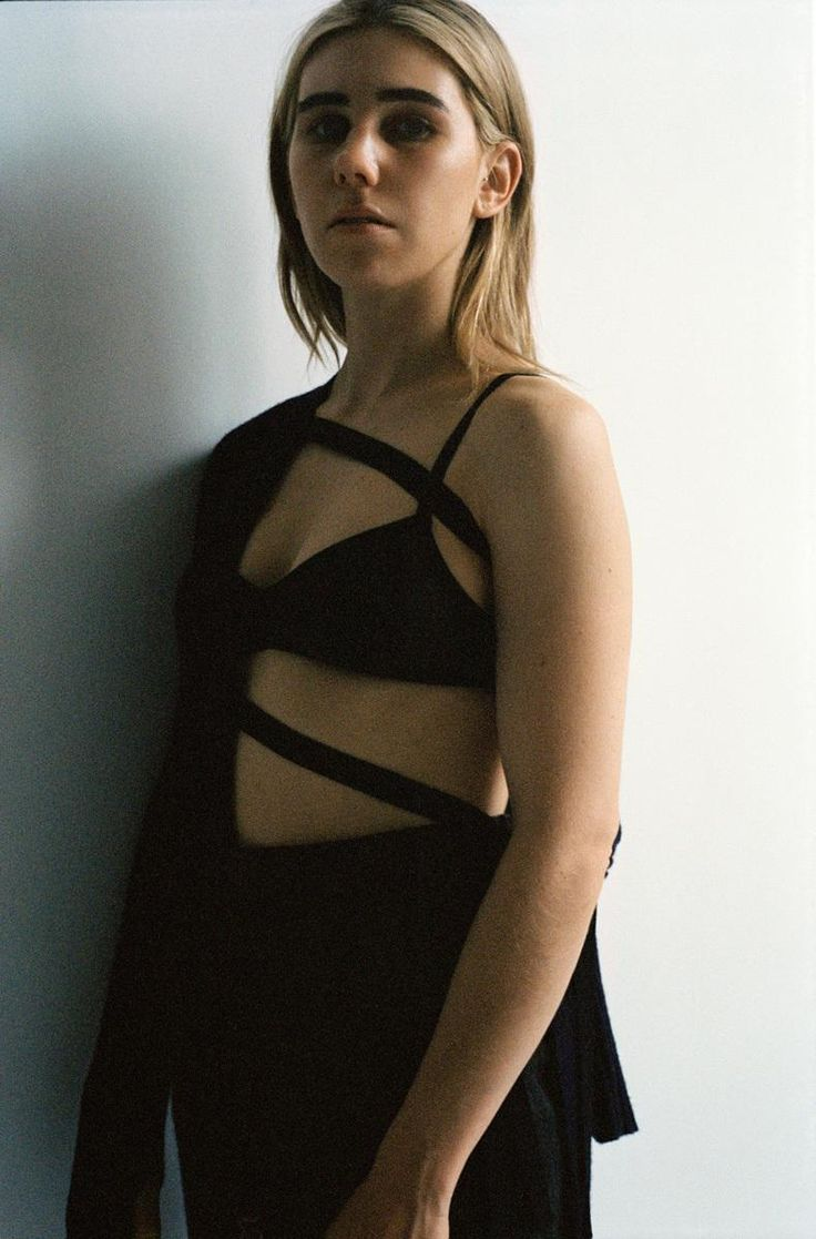 As Girls comes to a close and Zosia Mamet prepares to play the ultimate New Yorker Patti Smith in the new Mapplethorpe biopic, we meet the actress to discuss the intersection between Horses and Hollywood.
