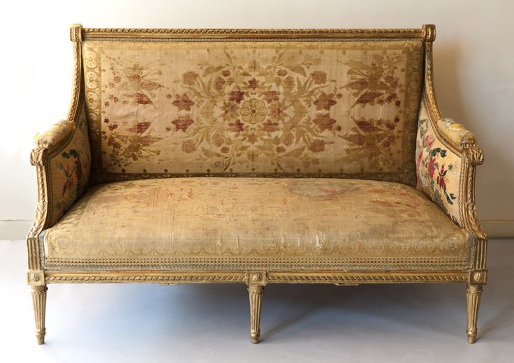 Louis XVI carved giltwood sofa attributed to Georges Jacob. c. 1780