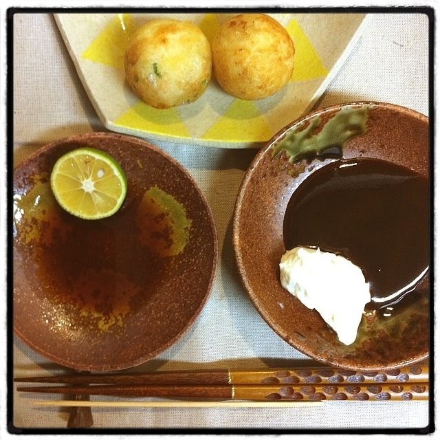 タコ,タコチーズコチュジャン,餅チーズにソースマヨ,すだちポン酢 - 6件のもぐもぐ - たこ焼き by khse