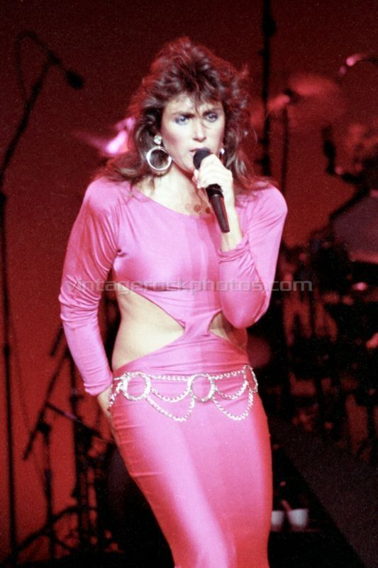 Laura In A Sexy Skin Tight Pink Dress  Laura Branigan In -7834