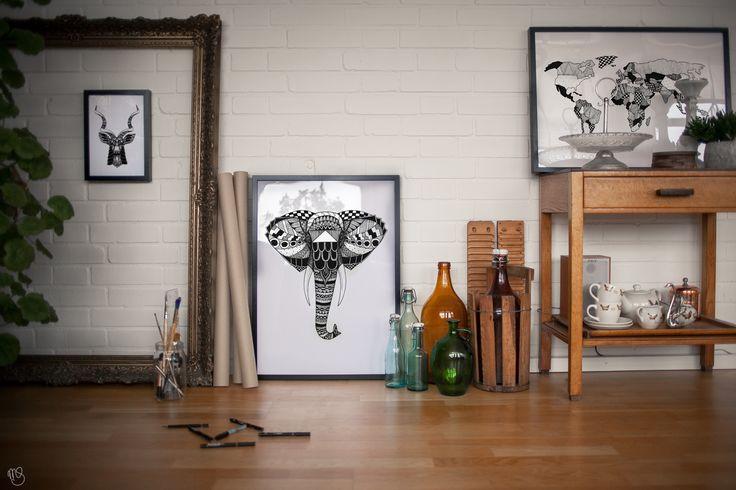 BLACKLINES. @blacklinesart. www.blacklines.se #kitchen #rustic #kitchengoals #inspiration #details #wallart #tavelvägg #photowall #artist #drawing #art #blacklinesart #blackandwhite #illustration #homeinspo #artprints #artprint #poster #black #white #interior #scandinavian #swedish #design #patterns #zentangle