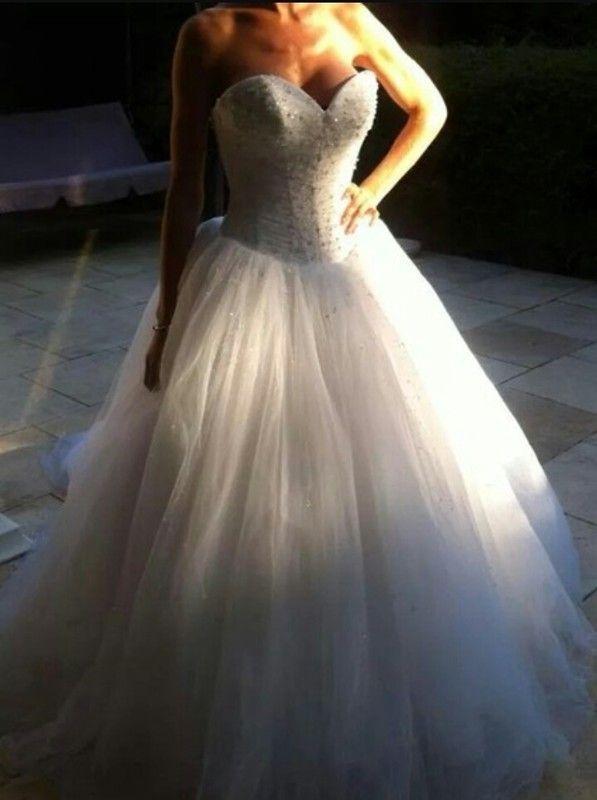 Robe de mariée Demetrios 937 ( prix negociable )