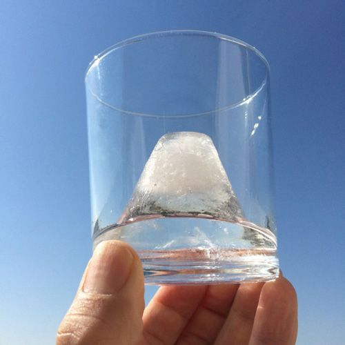 氷。(富士山型)