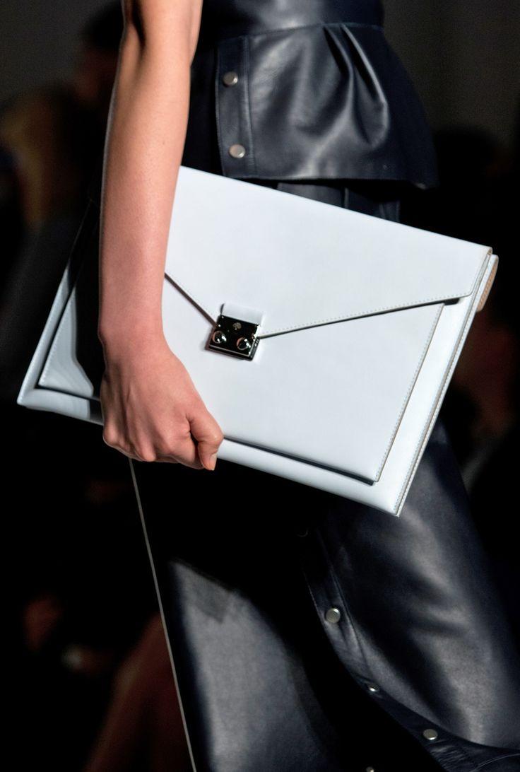 Detail of look 19: Mulberry Kensal Shoulder Bag #LFW