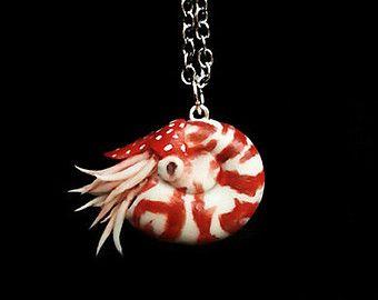 Articoli simili a Little Mermaid ispirato Medusa - gioielli di argilla polimerica, gioielli della sirena, Medusa gioielli, gioielli di polpo, gioielli nautici, oceano, su Etsy